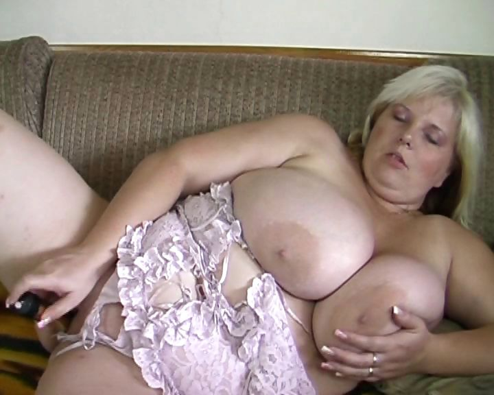 Porn Tube of Blonde And Busty Bbw Shoves A Vibe Deep Into Her Plump Pussy