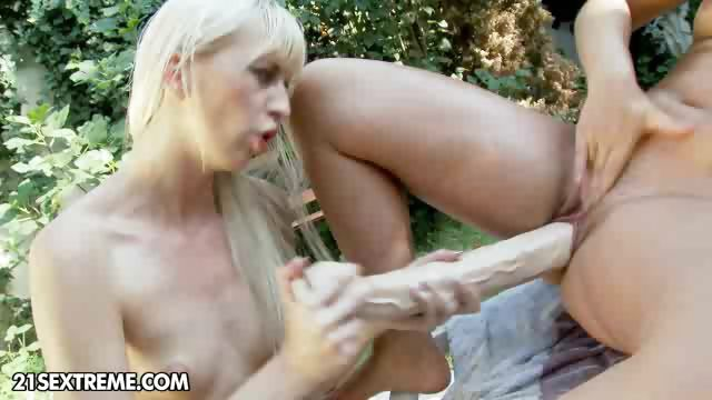 Porn Tube of Piss Miss