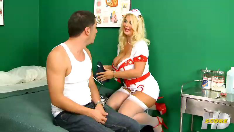 Porn Tube of Hooter Hospital: Nurse Kelly On Call
