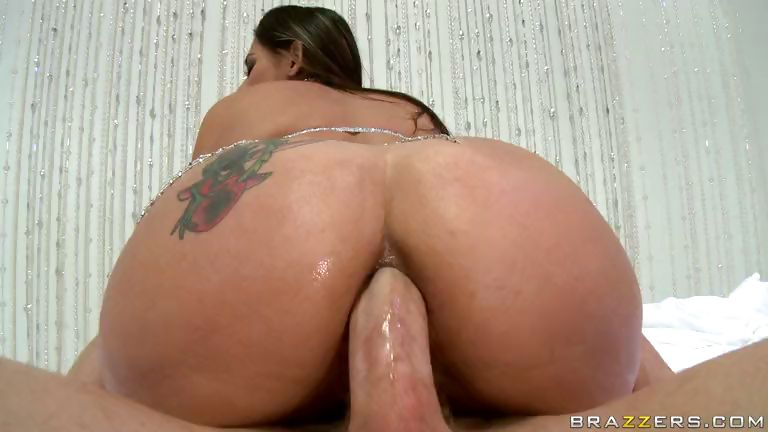 Porno Video of Sparkled Big Ass