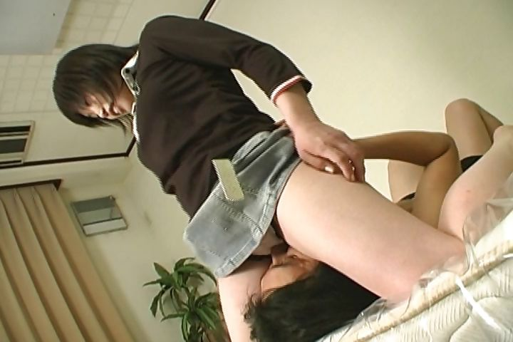 Porno Video of Japanese Whore Sits On His Face While She Rubs His Hard Rod