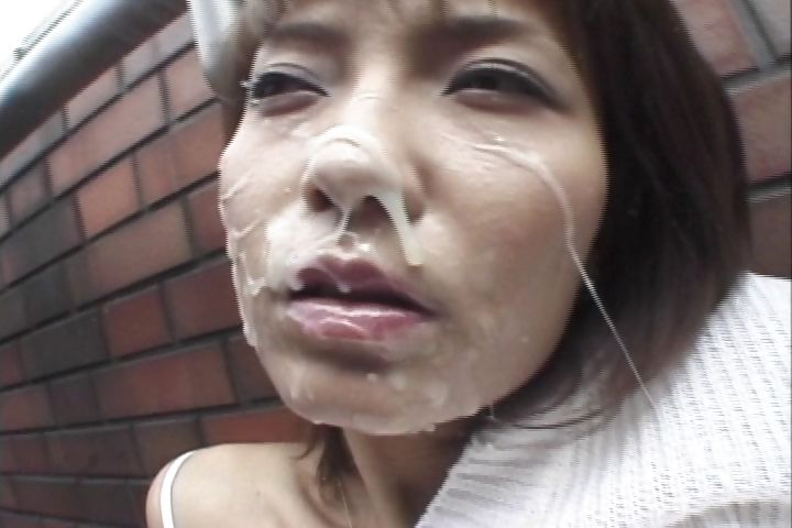 Porno Video of Hot Japanese Slut Gets Showered In Jizz By Random Men Outside