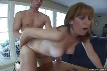Porno Video of I Wanna Cum Inside Your Mom #11