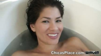 Porno Video of Wet-n-wild Dildo