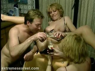 Porno Video of Extreme Bottle Fucking
