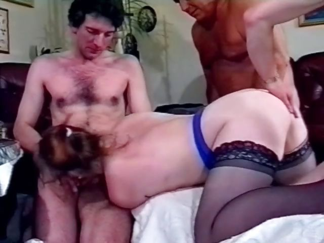 Porno Video of A Few Drinks Is All It Takes For This Foursome To Get Going