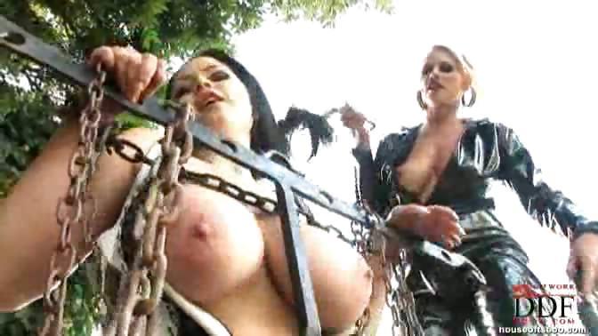 Porno Video of Kinky Games