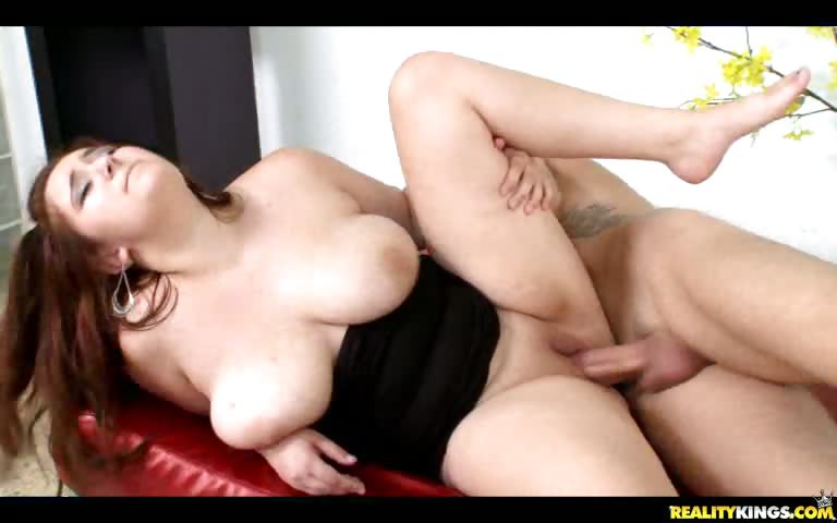 Porno Video of Lexi Gets Spooned While Them Juicy Titties Bounce.
