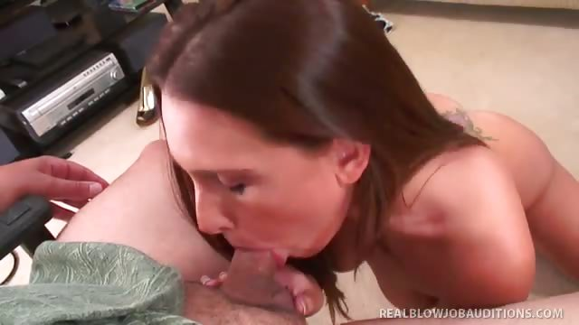 Porno Video of Gorgeous Brunette Renna Ryan's Face Gets Cum-glazed!