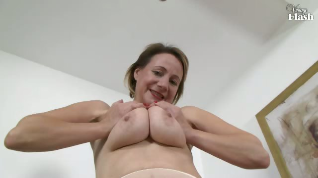 Porno Video of Tiffany T - Can I Refresh You?