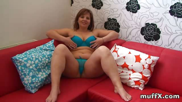Porno Video of Fat Milf Hooker Marie Jeanne Rubs Her Meaty Pussy With Her Playful Fingers