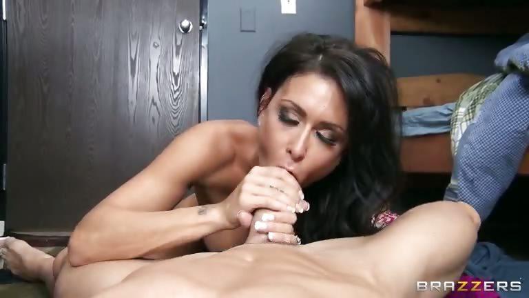 Porno Video of College Mamories
