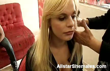 Sex Movie of Blonde Shemale Thais Teases Her Tits