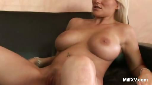 Porno Video of Buxom Milf Juliana Does Striptease