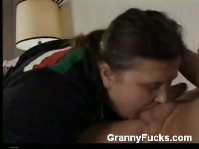 Porn Tube of Old Bbw Gives Blowjob