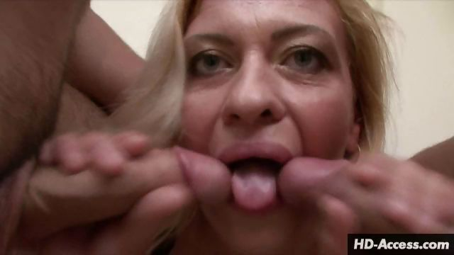 Porno Video of Mature Beauty Kisses Two Cocks