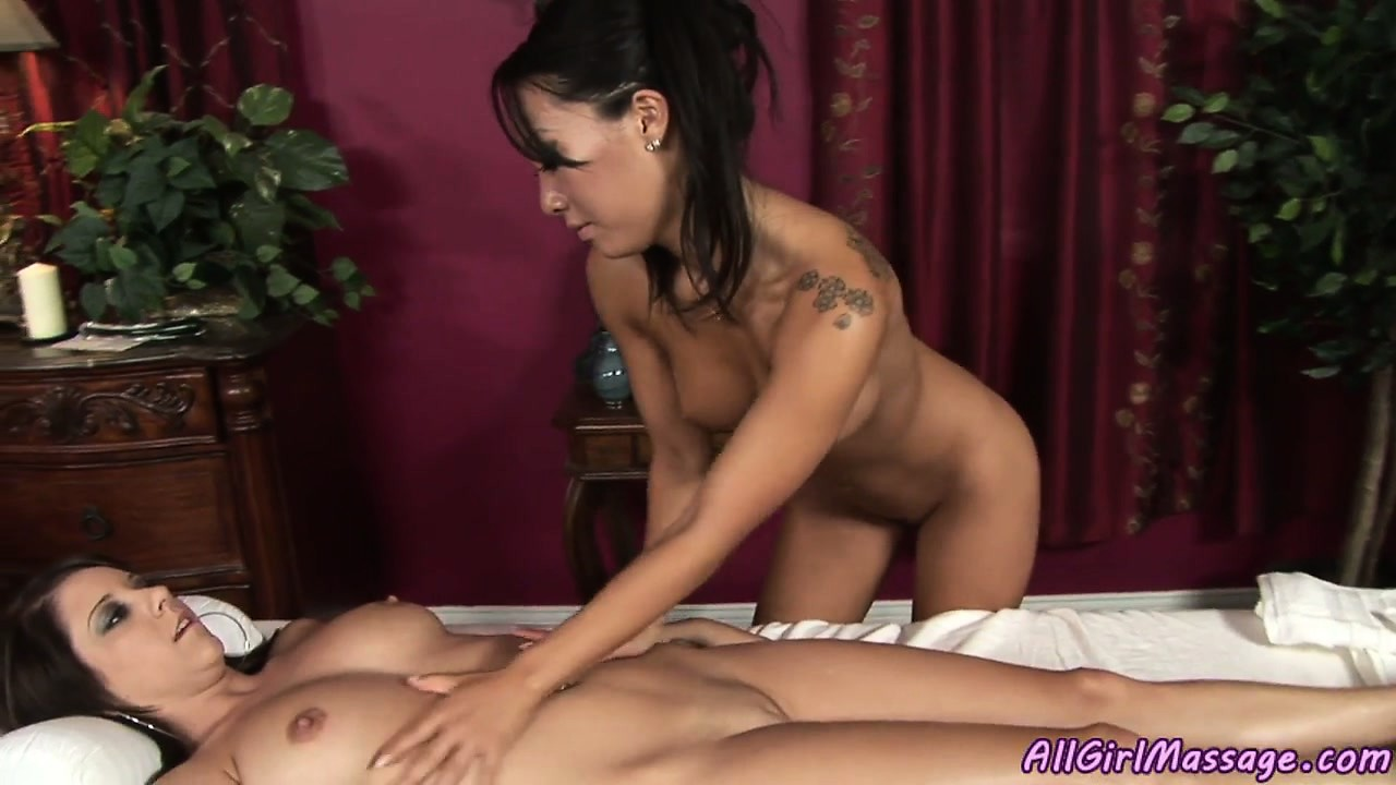 Porno Video of Hot Asian Babe Rubs And Caresses For A Sweet Girly Massage Treatment