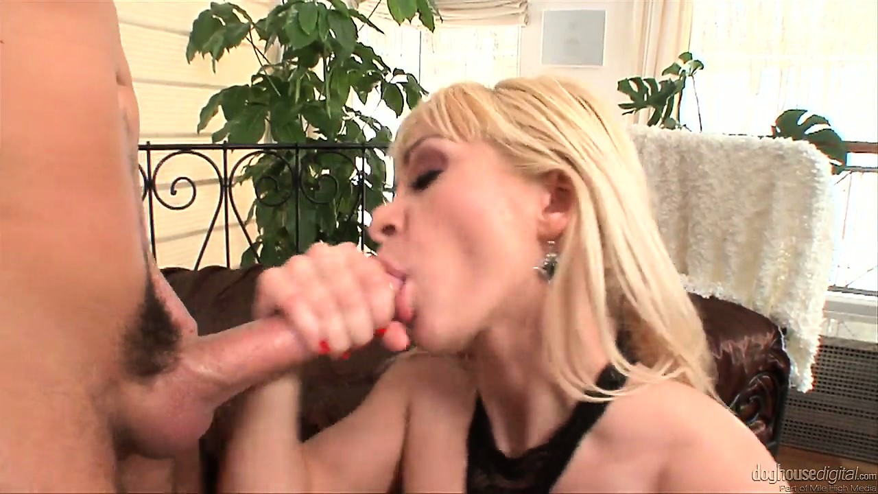 Porno Video of This Blonde Hottie Loves Sucking His Cock And Getting It Wet For Her Ass