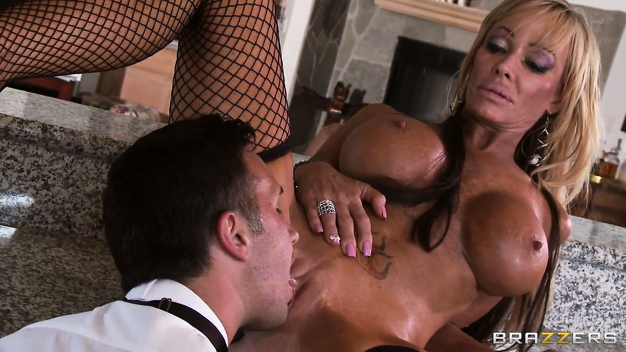 Sex Movie of Bronzed Blonde Skank In Fishnets Rides A Cock In The Kitchen