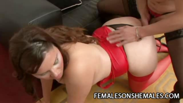 Sex Movie of Horny Shemale Punishing A Wet Pussy