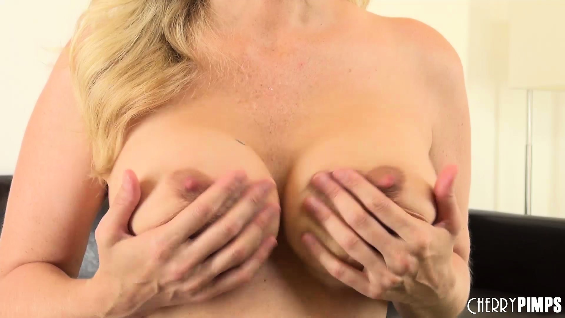 Porn Tube of Julia Ann Toys Her Twat And Jiggles Her Juggs Before Having And Orgasm