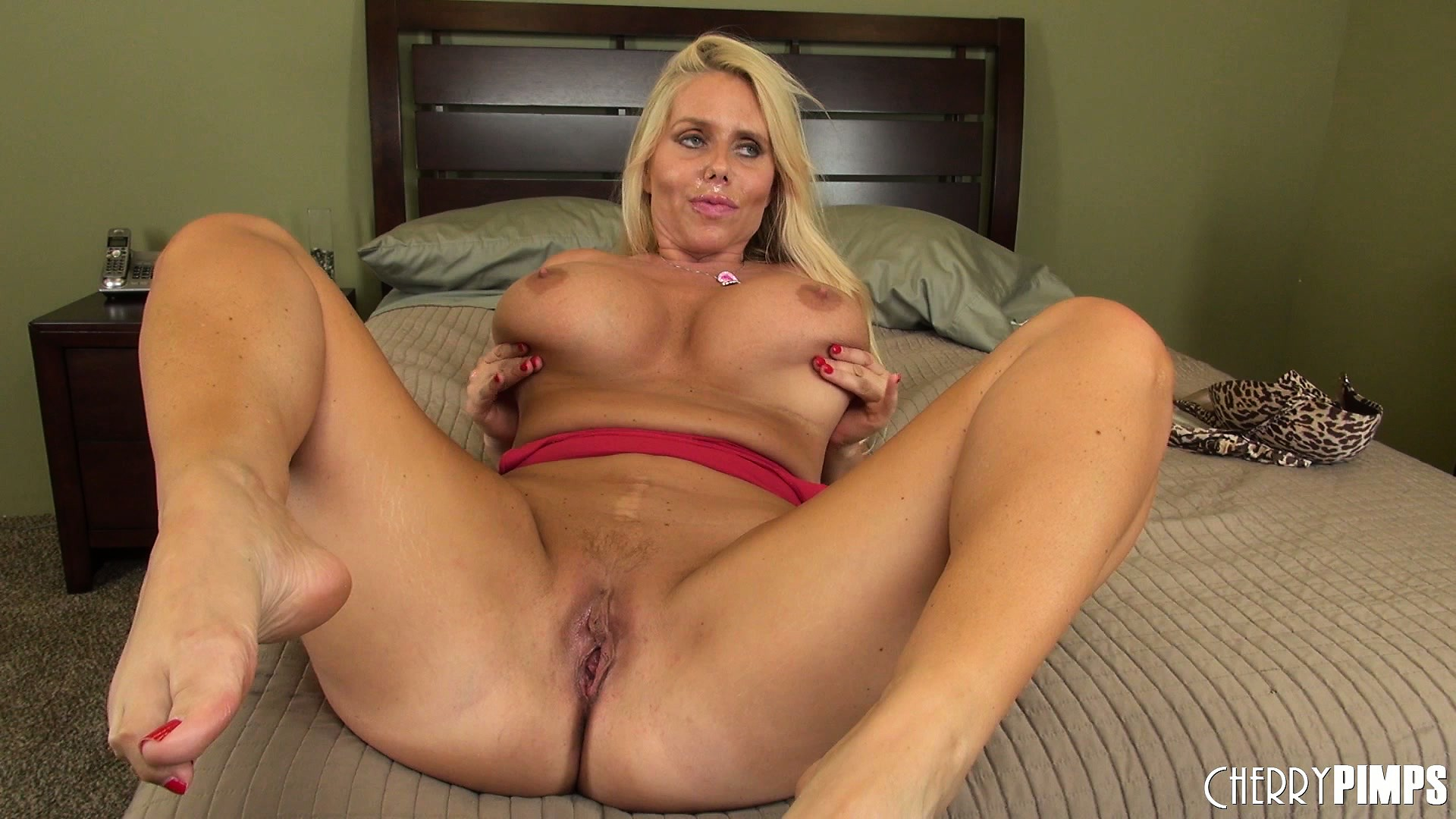 Porno Video of Karen Enjoys The Hardcore Adventure On The Bed And Receives His Cum In Her Mouth