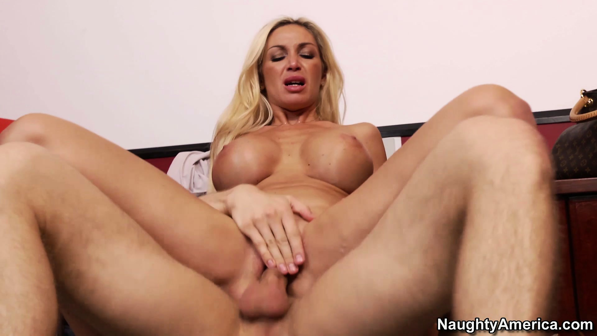 Sex Movie of Evita's Huge Tits Bounce And Shake As She Rides That Big Cock With Excitement