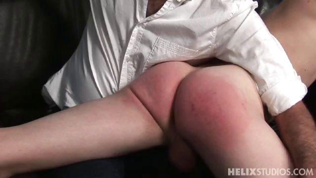Porno Video of St102s1 Renaldo Spanks Wade