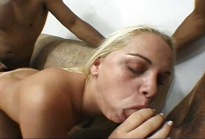 Porno Video of Tanned Brazilian Bimbo Gets Spit Roasted And Feasts On Dick