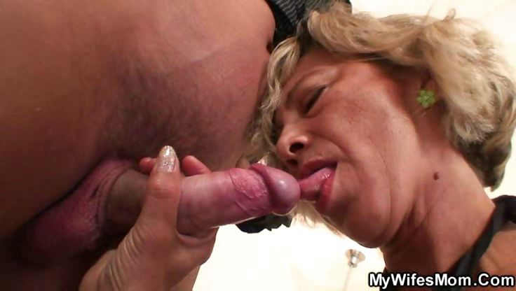Porn Tube of Old Pussy Needs Young Cock