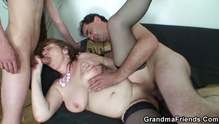 Porno Video of Mature Spit Roast
