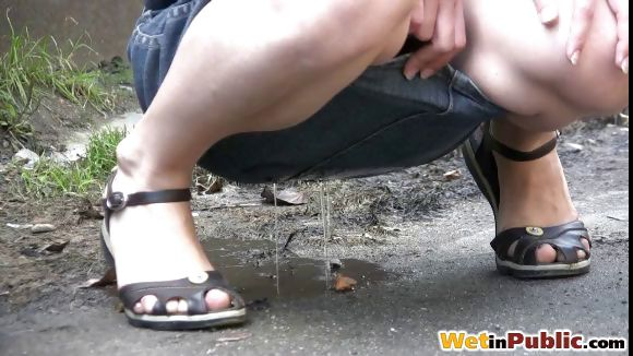 Porno Video of Wetting Jeans Skirt