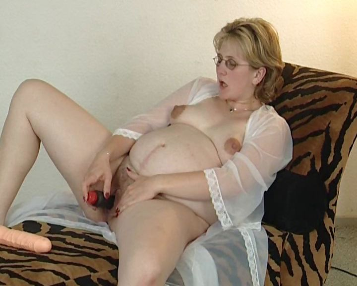 Porn Tube of This Pregnant German Plumper Loves To Care After Her Snatch