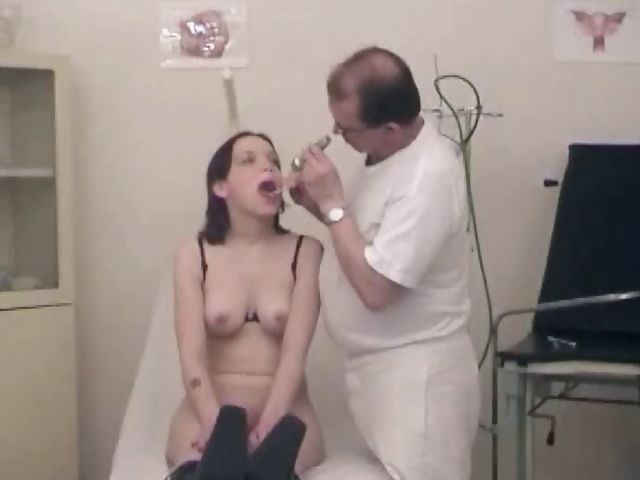 Porno Video of Bitch Gets A Medical Examination With Speculum And Her Doctor's Cock