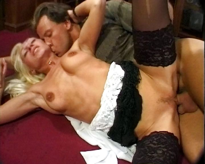 Porno Video of Slutty German Cougar In Black Stockings Gets Nailed Roughly