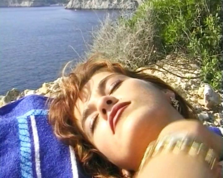 Porno Video of Bikini Babe Polishes Her Casual Vacation Sex Adventures Up With An Outdoor Fuck