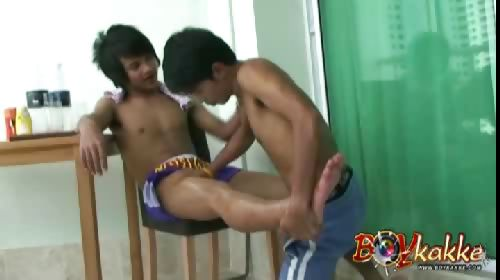 Porn Tube of Thai Cock Boxing Massage