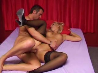 Sex Tubes of Unforgettable Nookie With A Bootylicious Blond Girl In Black Stockings